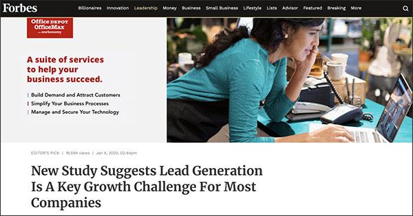 Un anuncio para Office Depot en el contenido superior de Forbes con título: un conjunto de servicios para ayudar a que su negocio tenga éxito